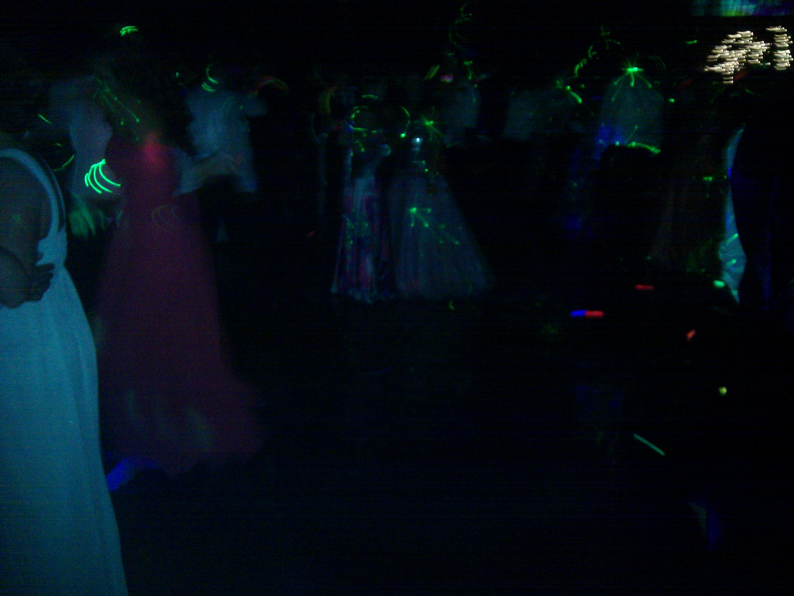 Tigers\' Prom Dancers 9